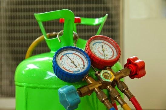 Nạp khí ga là bước quan trọng khi bảo dưỡng điều hòa