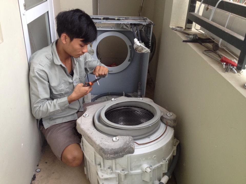 Sưa máy giặt toshiba tại nhà
