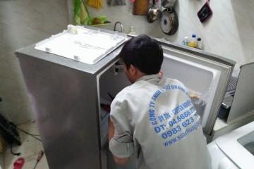 Nạp ga tủ lạnh hết bao nhiêu tiền?